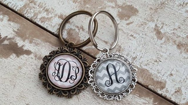 Personalized Filigree Monogram Key Chains